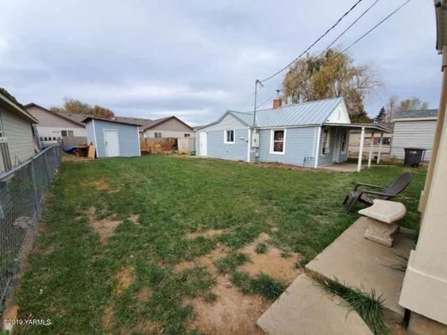 1520 1/2 Ledwich Ave, Yakima, WA 98902 (MLS #19-2804) :: Heritage Moultray Real Estate Services