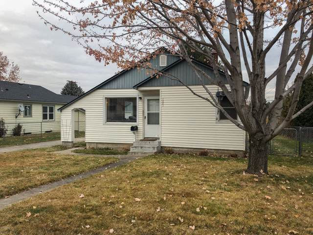1003 S 28th Ave, Yakima, WA 98902 (MLS #19-2823) :: Heritage Moultray Real Estate Services