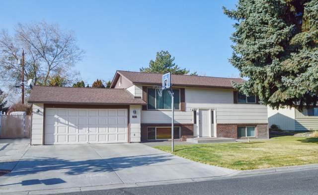 906 S 50th Ave, Yakima, WA 98908 (MLS #19-2844) :: Joanne Melton Real Estate Team