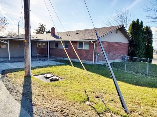 202 & 204 S 49th St, Yakima, WA 98901 (MLS #19-2863) :: Amy Maib - Yakima's Rescue Realtor