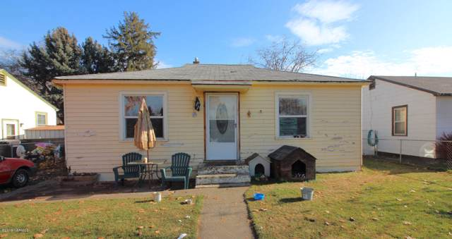 917 S 2nd Ave, Yakima, WA 98902 (MLS #19-2884) :: Heritage Moultray Real Estate Services