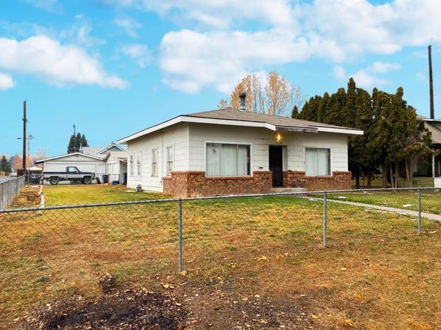 1518 Queen Ave, Yakima, WA 98902 (MLS #19-2969) :: Heritage Moultray Real Estate Services