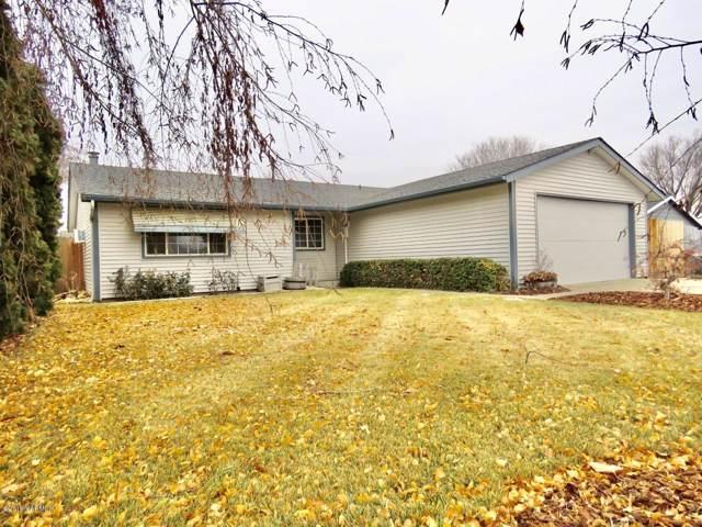 1809 Pickens Lp, Yakima, WA 98908 (MLS #19-2971) :: Joanne Melton Real Estate Team