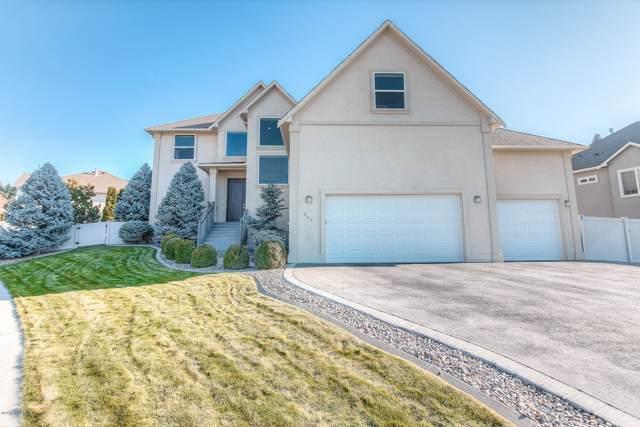 629 N 72nd Ave, Yakima, WA 98908 (MLS #19-3063) :: Joanne Melton Real Estate Team