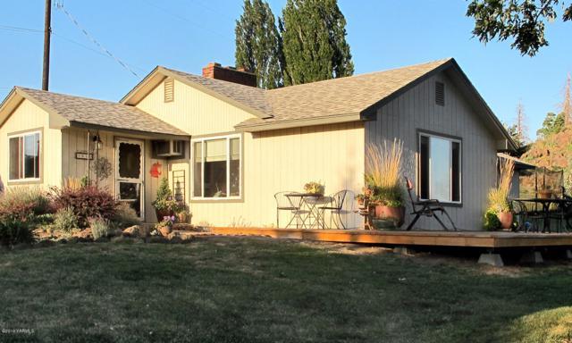 61 Rock Garden Ln, Yakima, WA 98908 (MLS #19-409) :: Heritage Moultray Real Estate Services