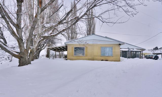 71 Rock Garden Ln, Yakima, WA 98908 (MLS #19-413) :: Heritage Moultray Real Estate Services