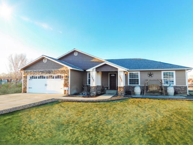 3323 S 79th Ave, Yakima, WA 98903 (MLS #19-583) :: Heritage Moultray Real Estate Services