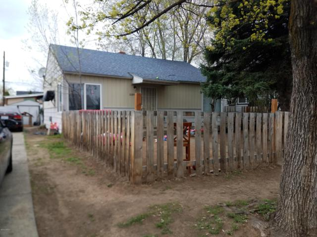 808 S 2nd Ave, Yakima, WA 98902 (MLS #19-825) :: Results Realty Group