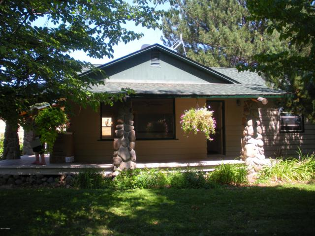 1151 Cook Rd, Yakima, WA 98908 (MLS #19-871) :: Heritage Moultray Real Estate Services