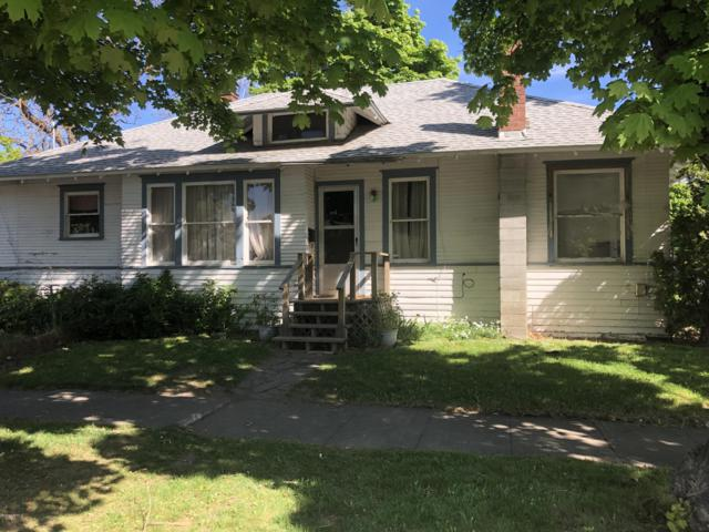 712 S 14th Ave, Yakima, WA 98902 (MLS #19-985) :: Results Realty Group