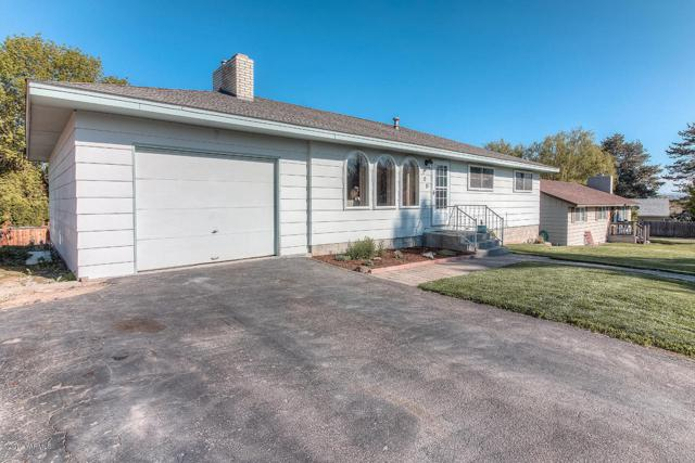 105 Ann St, Zillah, WA 98953 (MLS #19-992) :: Results Realty Group