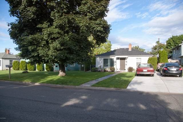 910 S 1st Ave, Yakima, WA 98902 (MLS #20-1035) :: Heritage Moultray Real Estate Services