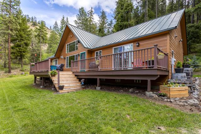 136 Flying H Lp, Naches, WA 98937 (MLS #20-1062) :: Heritage Moultray Real Estate Services