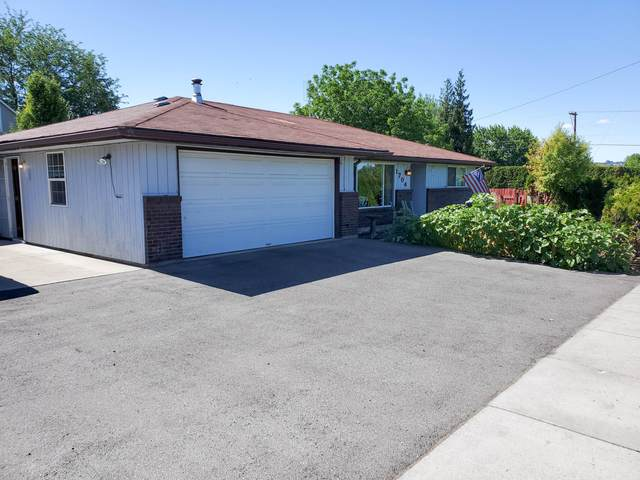 1704 S 72nd Ave, Yakima, WA 98908 (MLS #20-1093) :: Heritage Moultray Real Estate Services