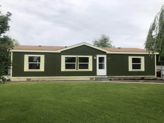 270 Dogwood Ln, Wapato, WA 98951 (MLS #20-1153) :: Amy Maib - Yakima's Rescue Realtor