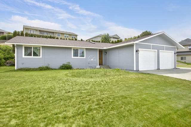 1402 Cedar Ln, Selah, WA 98942 (MLS #20-1184) :: Heritage Moultray Real Estate Services