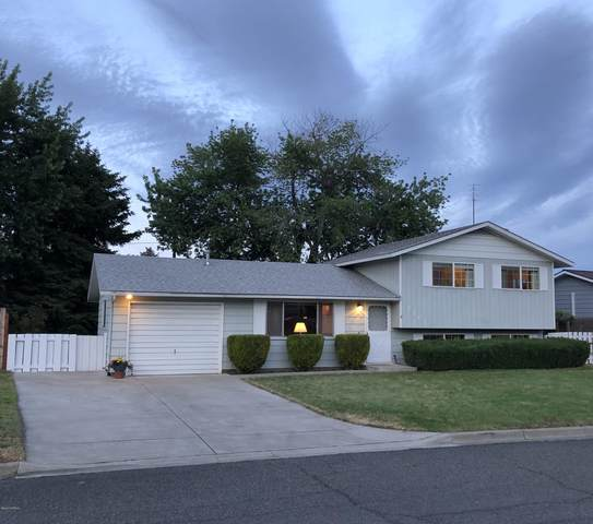1203 S 29th Ave, Yakima, WA 98902 (MLS #20-1222) :: Amy Maib - Yakima's Rescue Realtor