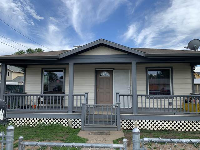 410 St Helens St, Yakima, WA 98902 (MLS #20-1330) :: Heritage Moultray Real Estate Services