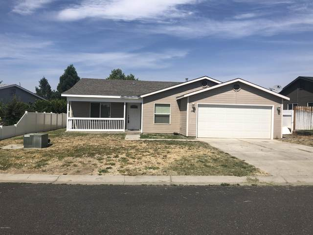 206 S 89th Ave, Yakima, WA 98908 (MLS #20-1405) :: Heritage Moultray Real Estate Services