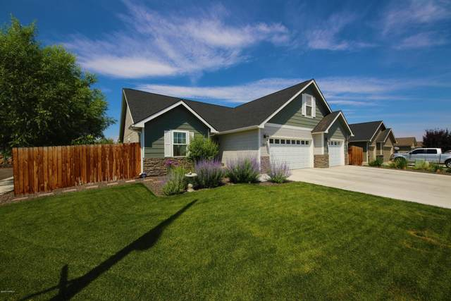 2202 S 60th Ave, Yakima, WA 98903 (MLS #20-1416) :: Joanne Melton Real Estate Team