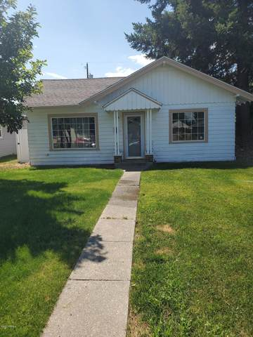 416 S 14th Ave, Yakima, WA 98902 (MLS #20-1423) :: Heritage Moultray Real Estate Services