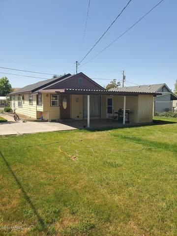 40 1st Ave, Outlook, WA 98938 (MLS #20-1469) :: Heritage Moultray Real Estate Services