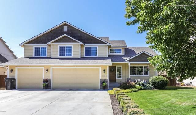 7504 W Washington Ave, Yakima, WA 98903 (MLS #20-1489) :: Joanne Melton Real Estate Team
