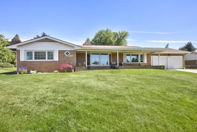 4709 Douglas Dr, Yakima, WA 98908 (MLS #20-1490) :: Joanne Melton Real Estate Team