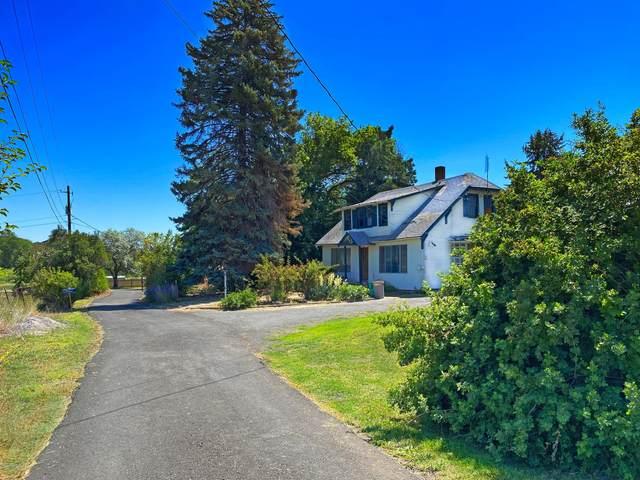 61 Thunder Rd, Selah, WA 98942 (MLS #20-1492) :: Joanne Melton Real Estate Team