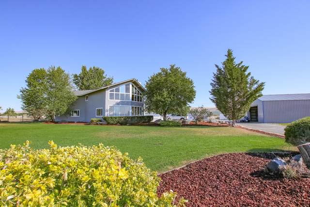 6608 Postma Rd, Yakima, WA 98901 (MLS #20-1494) :: Heritage Moultray Real Estate Services