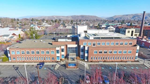1005 W Walnut St, Yakima, WA 98902 (MLS #20-1533) :: Heritage Moultray Real Estate Services