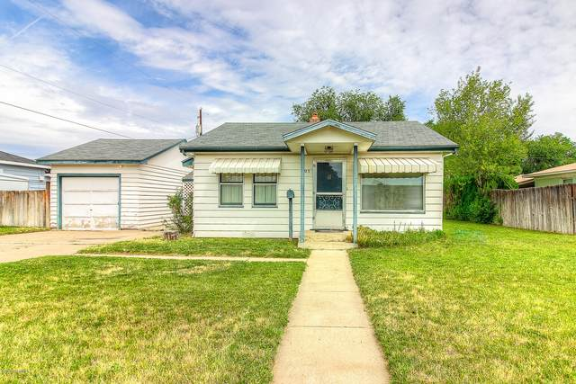 403 W Mead Ave, Yakima, WA 98902 (MLS #20-1614) :: Heritage Moultray Real Estate Services