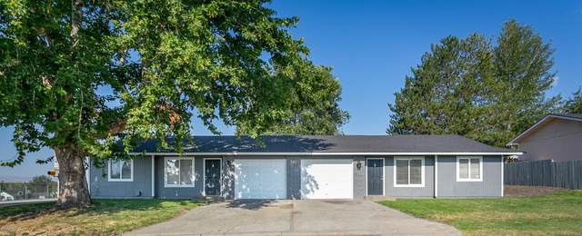 500 E Reed St A&B, Zillah, WA 98953 (MLS #20-1634) :: Heritage Moultray Real Estate Services