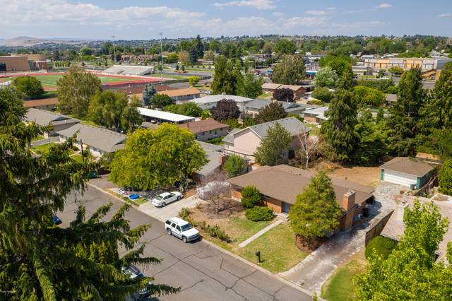 3805 Webster Ave, Yakima, WA 98902 (MLS #20-1641) :: Heritage Moultray Real Estate Services