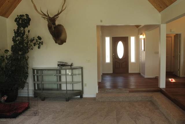 13801 Old Naches Hwy, Naches, WA 98937 (MLS #20-1642) :: Heritage Moultray Real Estate Services