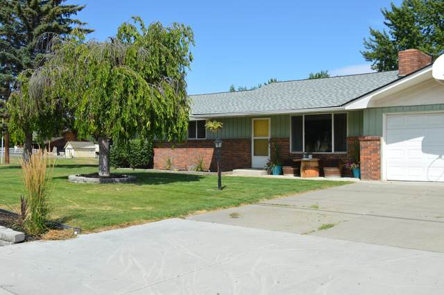 1391 Selah Loop Rd, Selah, WA 98942 (MLS #20-1656) :: Joanne Melton Real Estate Team