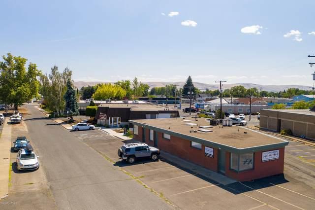 306 Holton Ave, Yakima, WA 98902 (MLS #20-1667) :: Amy Maib - Yakima's Rescue Realtor