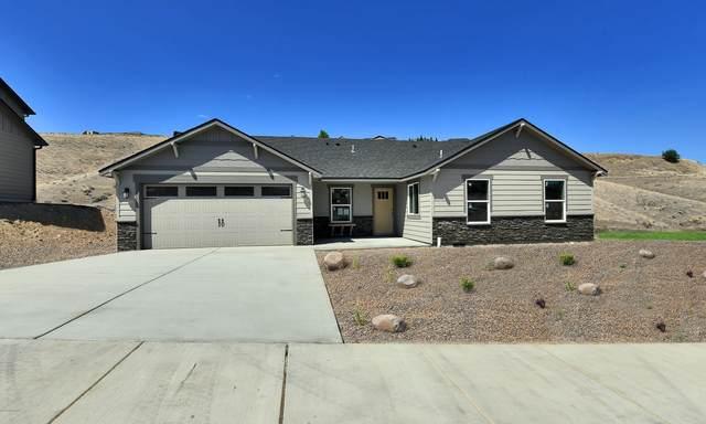 2 S 12th St Lp, Selah, WA 98942 (MLS #20-1669) :: Joanne Melton Real Estate Team