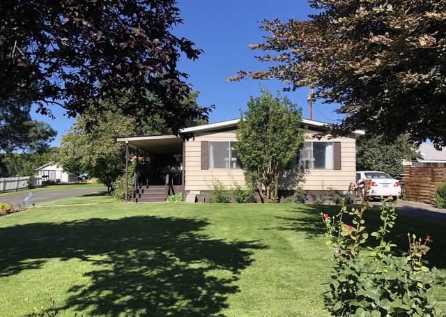 850 Franklin Rd, Tieton, WA 98947 (MLS #20-1680) :: Joanne Melton Real Estate Team