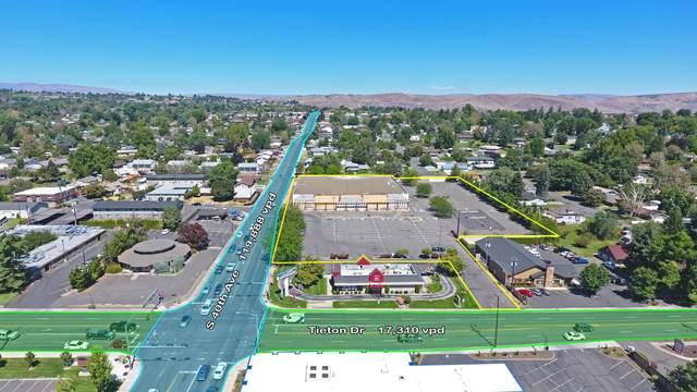401 S 40th Ave, Yakima, WA 98902 (MLS #20-1718) :: Joanne Melton Real Estate Team