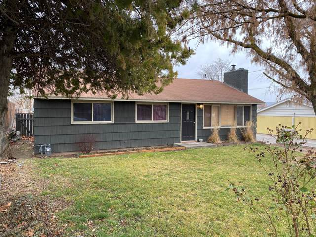 1311 S 44th Ave, Yakima, WA 98908 (MLS #20-172) :: Heritage Moultray Real Estate Services