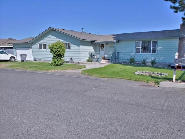 929 Grending Ave, Sunnyside, WA 98944 (MLS #20-1721) :: Joanne Melton Real Estate Team