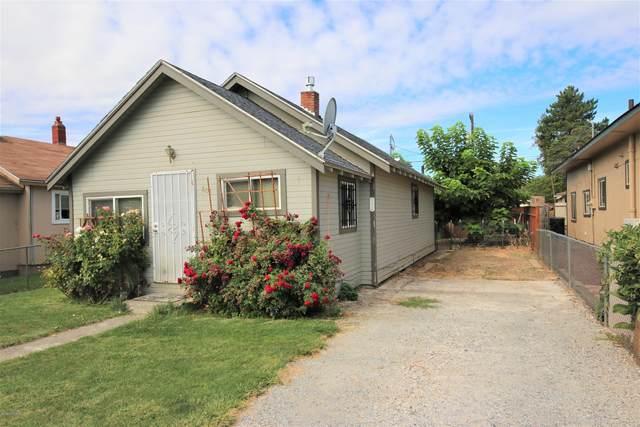 804 S Wapato Ave, Wapato, WA 98951 (MLS #20-1865) :: Amy Maib - Yakima's Rescue Realtor