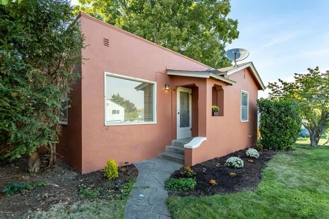 108 N 22nd Ave, Yakima, WA 98902 (MLS #20-1911) :: Joanne Melton Real Estate Team
