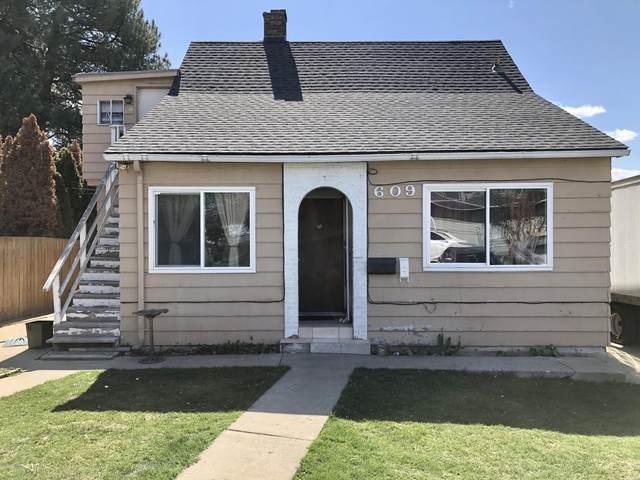 609 S 26th Ave, Yakima, WA 98902 (MLS #20-1912) :: Joanne Melton Real Estate Team