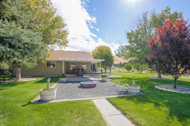 28702 SE 984 Pr Se, Kennewick, WA 99338 (MLS #20-1921) :: Heritage Moultray Real Estate Services