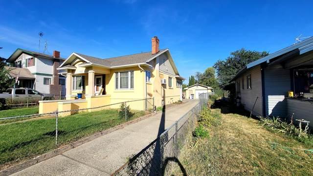 411 S 16TH Ave, Yakima, WA 98902 (MLS #20-1962) :: Joanne Melton Real Estate Team