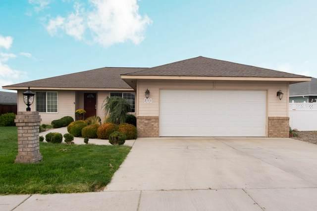 211 S 86th Pl, Yakima, WA 98908 (MLS #20-2010) :: Joanne Melton Real Estate Team