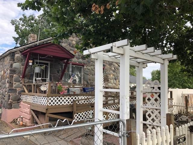 1507 S 2nd Ave, Yakima, WA 98902 (MLS #20-2047) :: Amy Maib - Yakima's Rescue Realtor