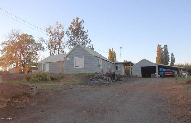 2412 Carlson Rd, Yakima, WA 98903 (MLS #20-2073) :: Heritage Moultray Real Estate Services